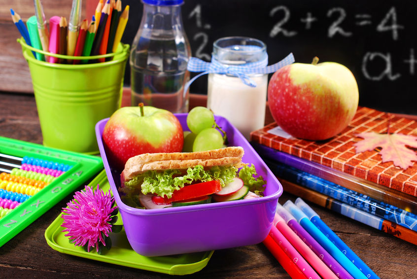 44507625 - healthy breakfast for school  with sandwich ,fresh fruits and drink in lunch box